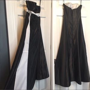 Dresses - Black And White Prom Dress